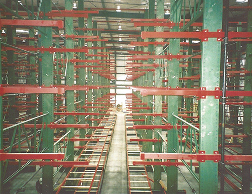 Narrow Aisle Tubular Cantilever Racks Material Flow