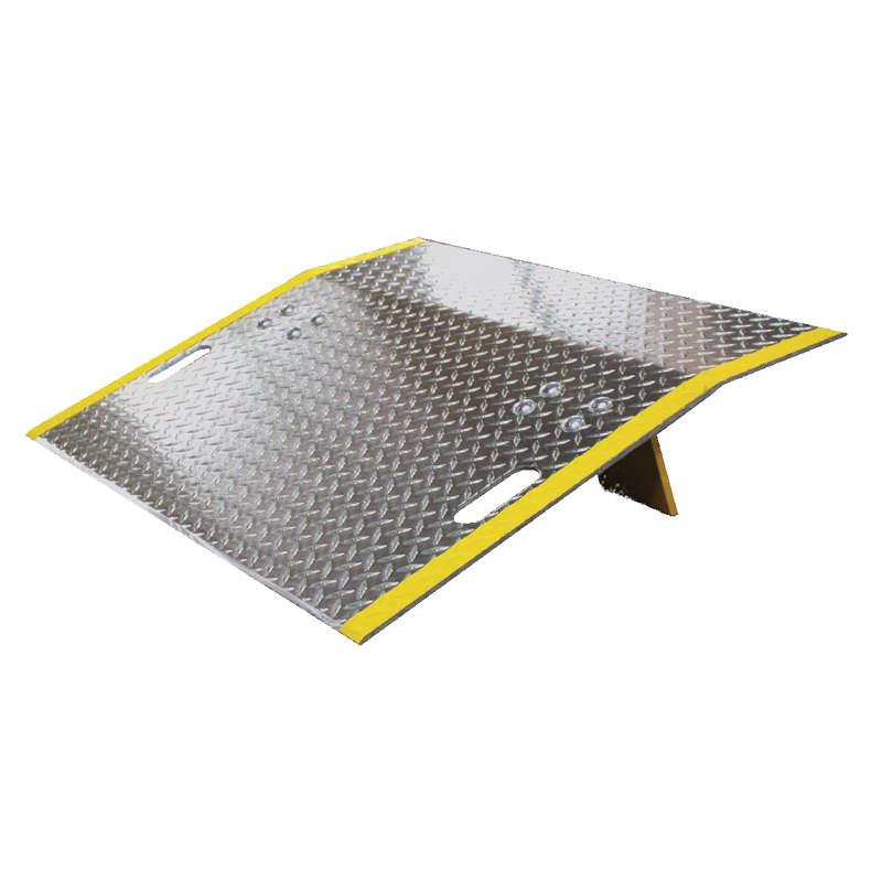 "E Series Aluminum Dock Plates - 42"" Wide - 3/8"" Plate"